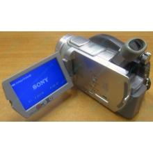 Sony DCR-DVD505E в Благовещенске, видеокамера Sony DCR-DVD505E (Благовещенск)