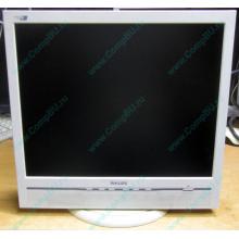 """Б/У монитор 17"""" Philips 170B с колонками и USB-хабом в Благовещенске, белый (Благовещенск)"""